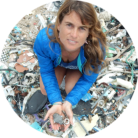 Dr. Sarah-Jeanne Royer is an oceanographer, science advisor, and plastic and microfiber researcher that is joining Hydro Flask to #RefillForGood.