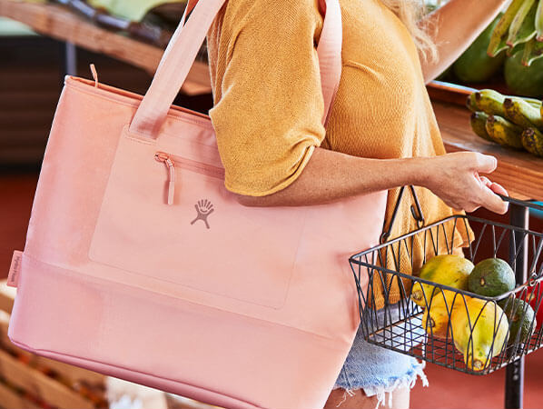New Insulated Totes keep food chilled for 4+ hours. Shop the 35 L Insulated Tote in new color Grapefruit.